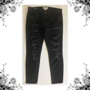 {Current/Elliott} Stiletto Black Tattered Jeans